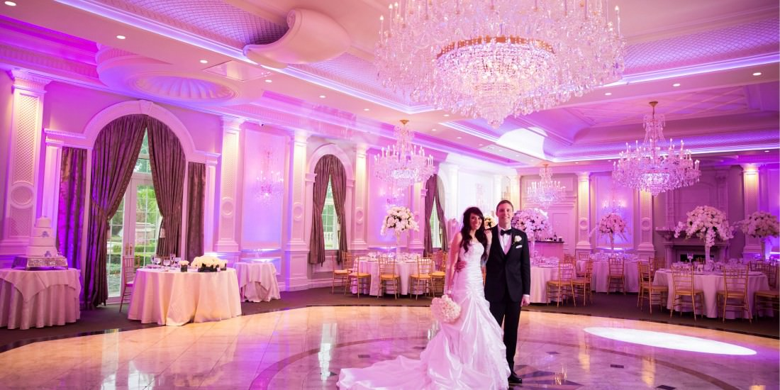 The Rockleigh is an opulent banquet hall, fountains, chandeliers, this  place has it all. If a large banquet hall wedding is what you are looking  for the ... - The Rockleigh NJ - Emma Cleary Photography